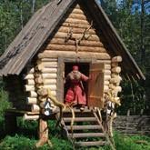 Баба-Яга получит харчевню, а Колобок -  поместье