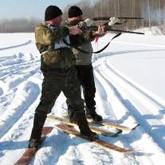 Участники должны иметь при себе личное охотничье оружие, действительный...